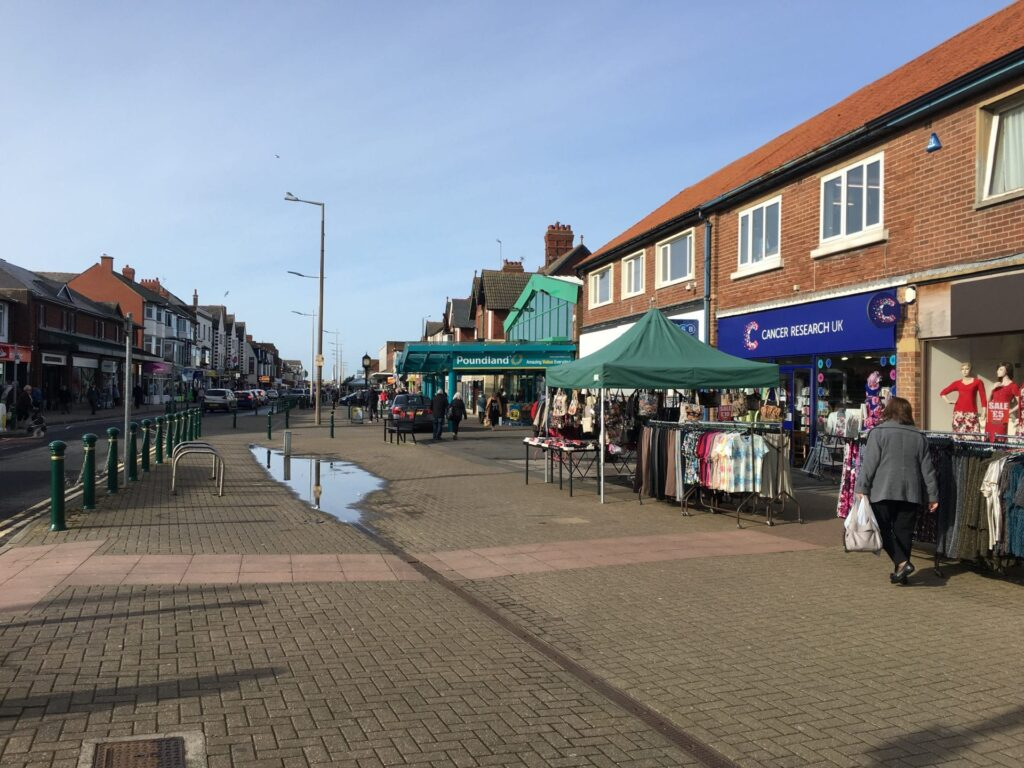 Is some of the pavement on Victoria Road West wide enough for a Cleveleys weekly market?